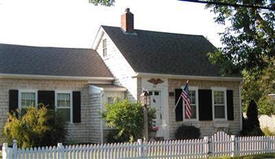 cape half house addition